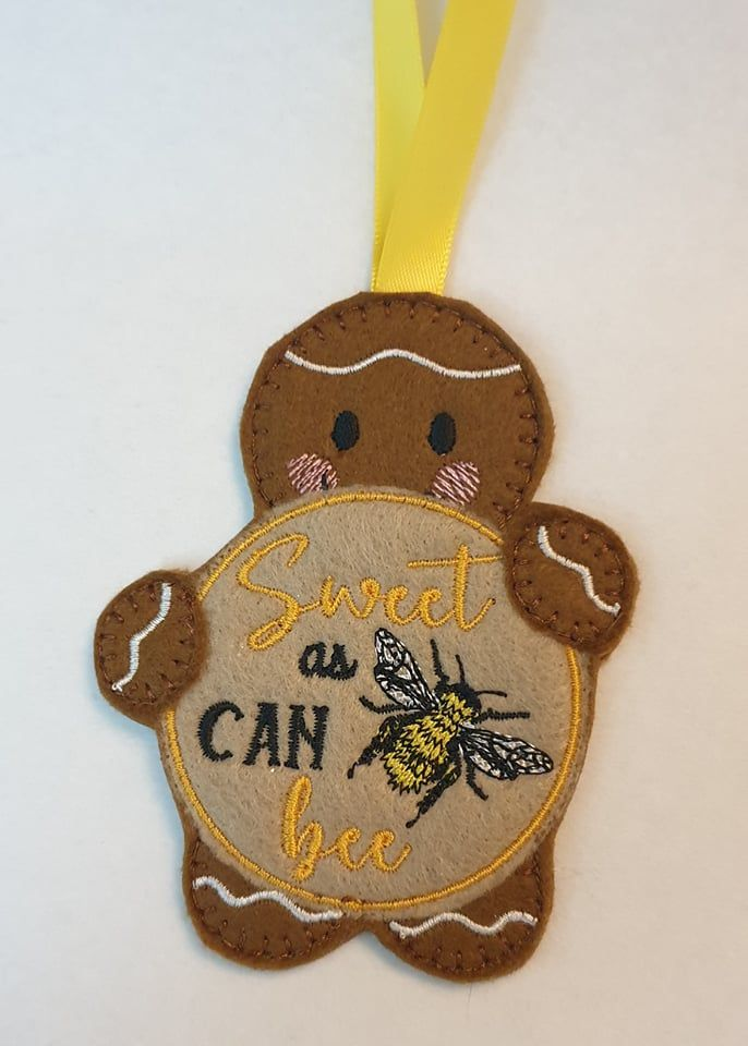 Sweet as can Bee Gingerbread