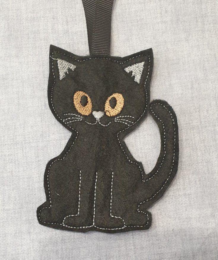 Black  Gingerbread  Cat Halloween
