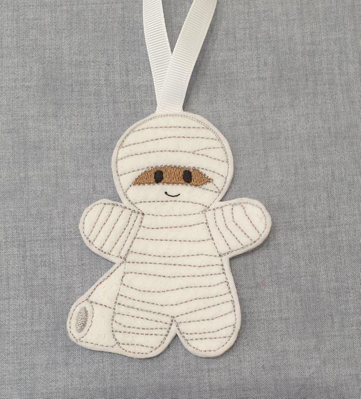 Mummy Gingerbread Halloween