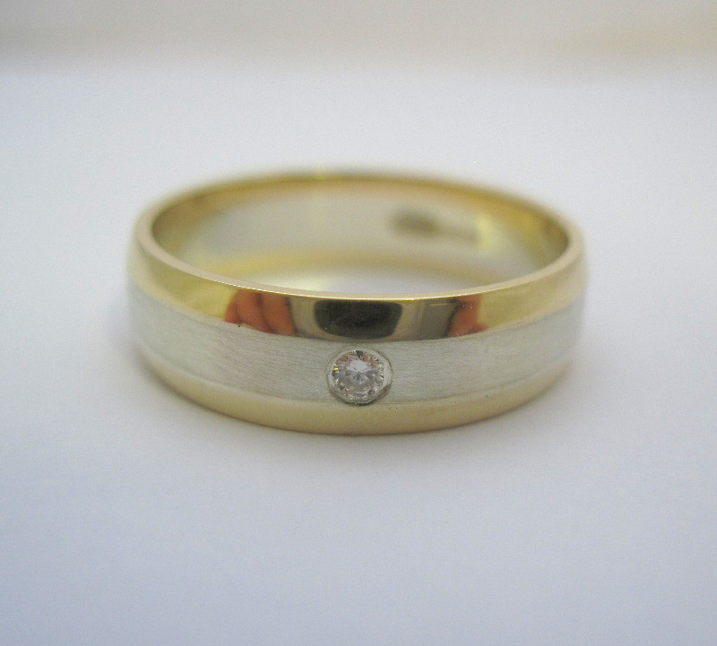 white and yellow gold band