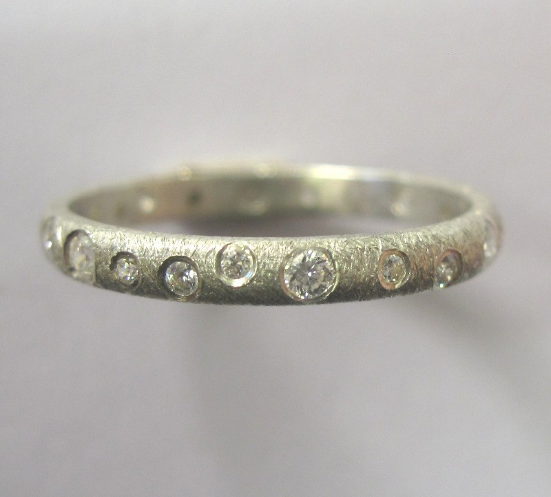 3mm diamond set band