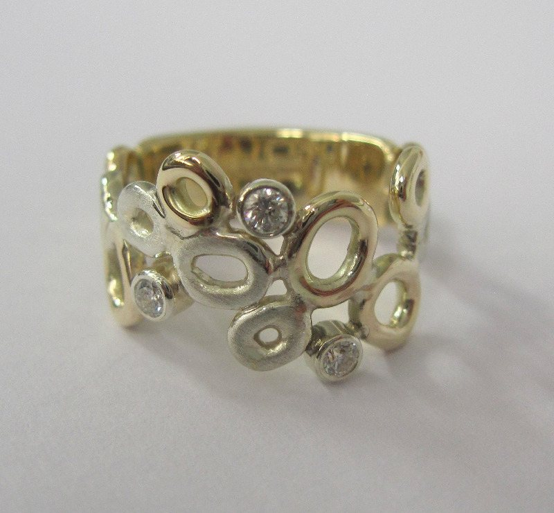 18ct Gold And Diamond Honeycomb Ring