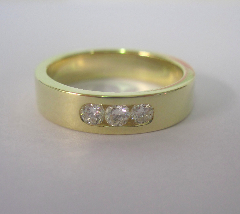 3 diamond channel set 18ct yellow gold ring