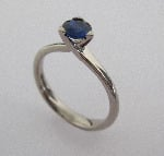 Sapphire and 18ct white gold Solitaire Ring