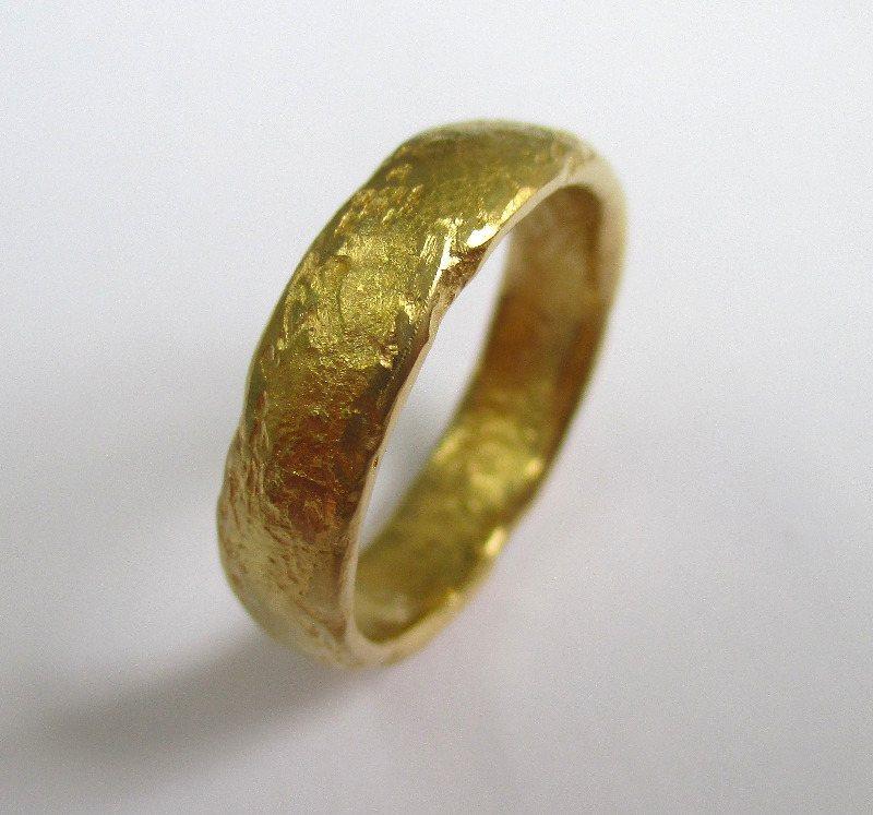 unusual wedding rings edinburgh 22ct yellow gold rings bespoke