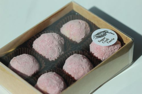 Gift Box of 12 Handmade Liqueur Truffles
