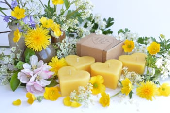 beeswax wedding favours