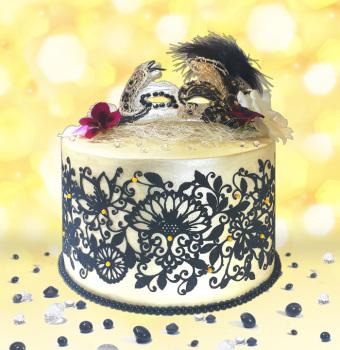 mystic-thistle-gold-cake-web