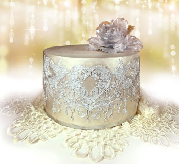 chandelier-love-gc-cake-gold--web