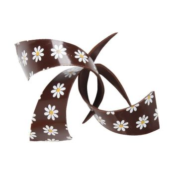 Curl daisy 9 cm,  £24.95 per carton of 69 Pieces