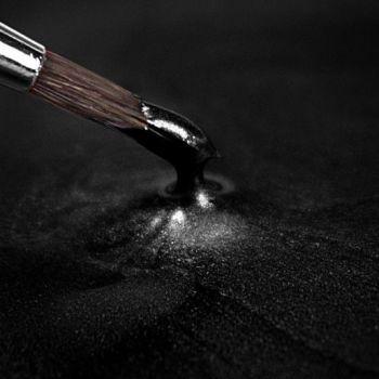Rainbow Dust Paint Metallic Black Retail: 25ml, 10 Units Per Box. £3.25 Per Unit.