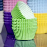 Purple Cupcakes Cupcake Cases Solid Colour x 60 - Lime Green, MOQ 6, £1.31 per box of 60