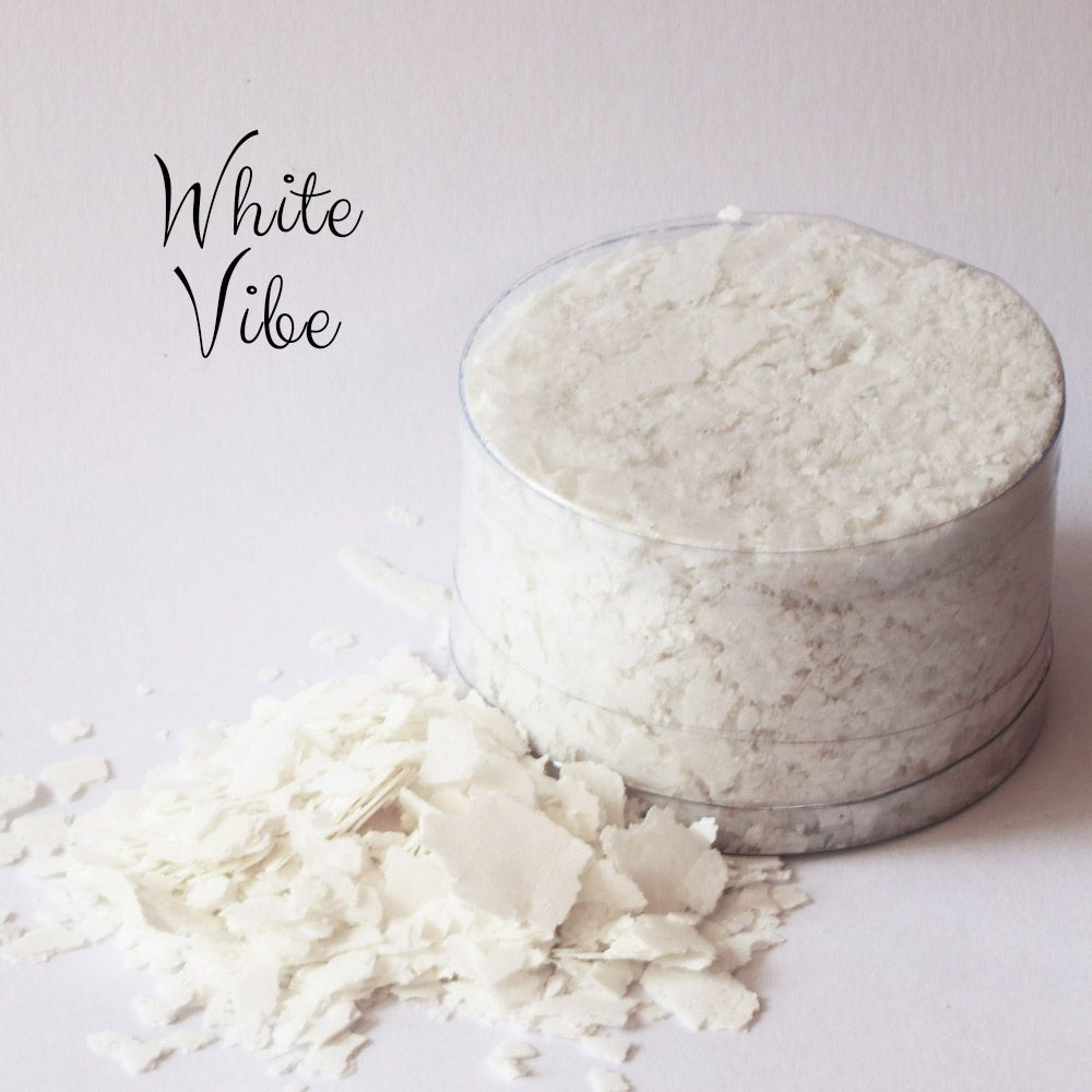 New Colour! Edible Flakes: SNOW Flakes White