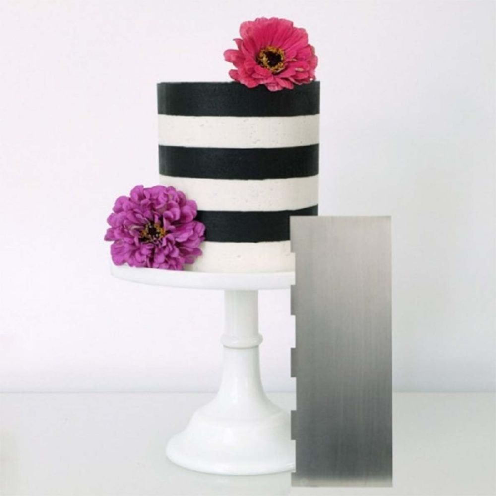 Evil Cake Genius: 1 inch Two Tone Stripe contour comb icing ganache smoothe