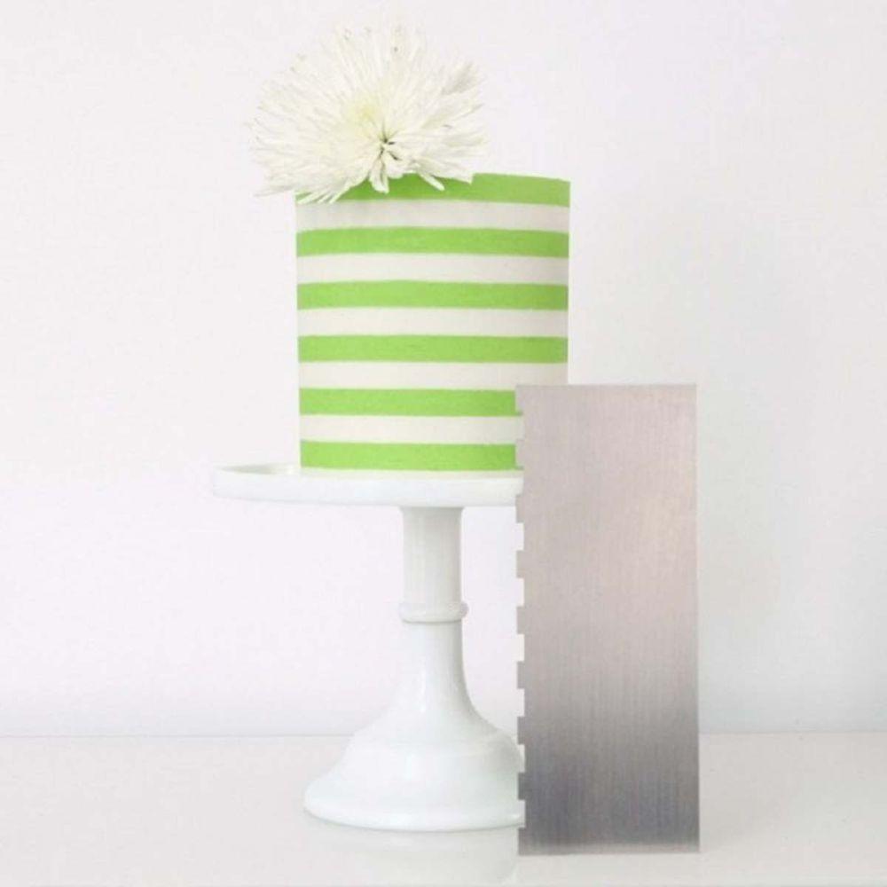 Evil Cake Genius: ½ inch Two Tone Stripe contour comb icing ganache smoothe