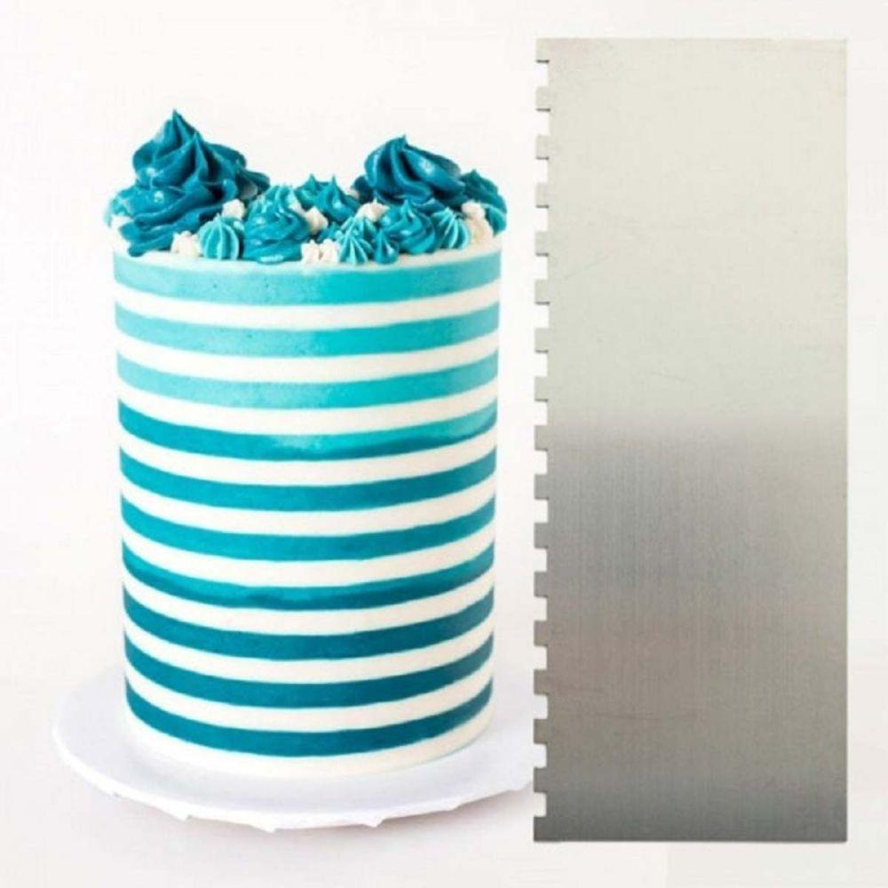 Evil Cake Genius: ¼ inch Two Tone Stripe contour comb icing ganache smoothe
