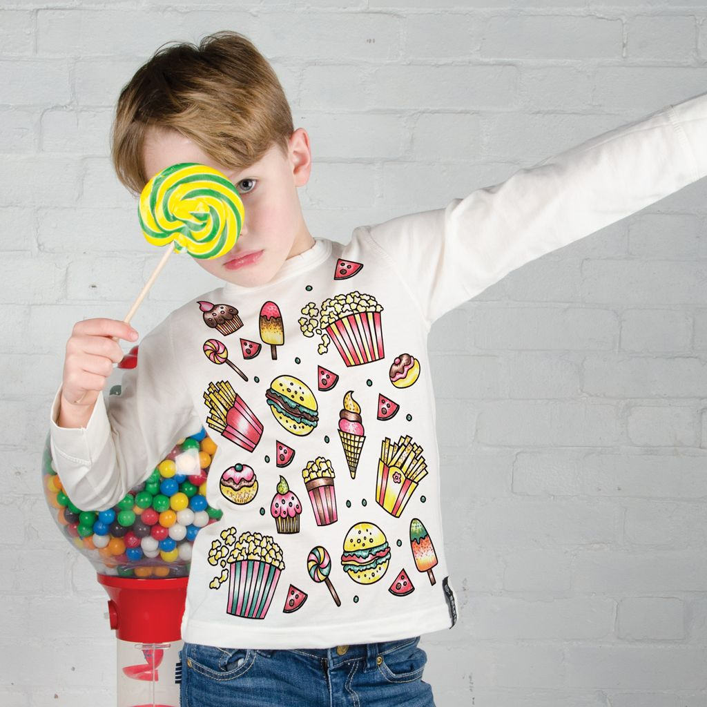 Selfie Clothing: Fast food colour your own top