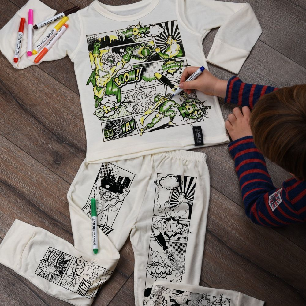 Selfie Clothing: Superhero Comic Colour In Pyjamas