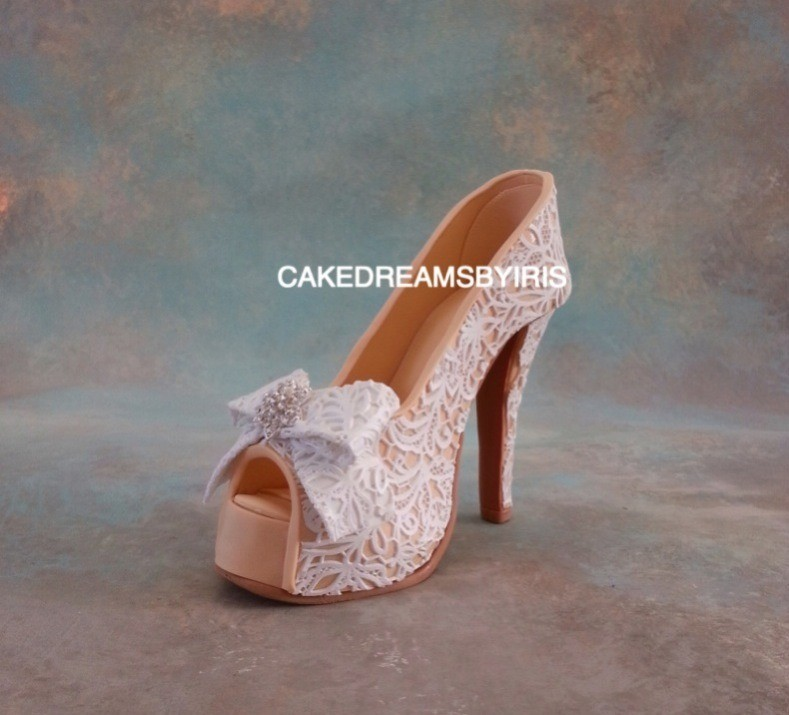 cake dreams by iris. shoe. star