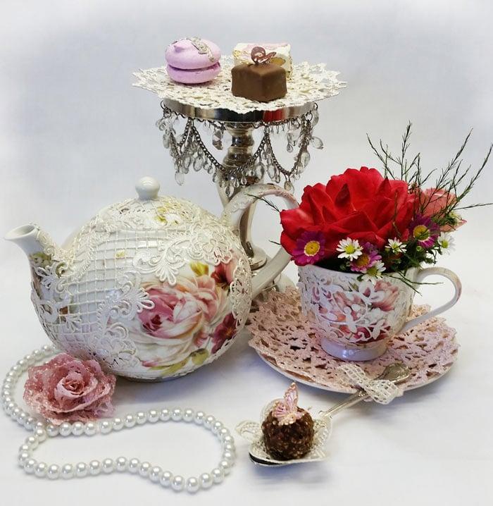 high t. tea + cup & saucer web
