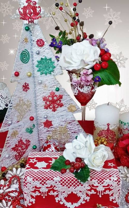 christmas-table-with-cake-web