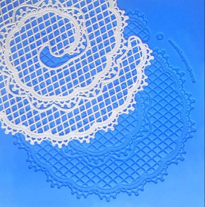 majestic ruffle web
