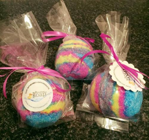 ramsbottom soap bath bombs with stickers