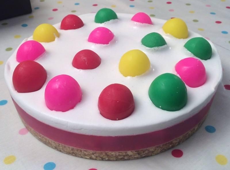 Bubblegum bakery cake