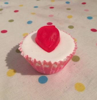 Strawberry Scented Soap Cupcake x6