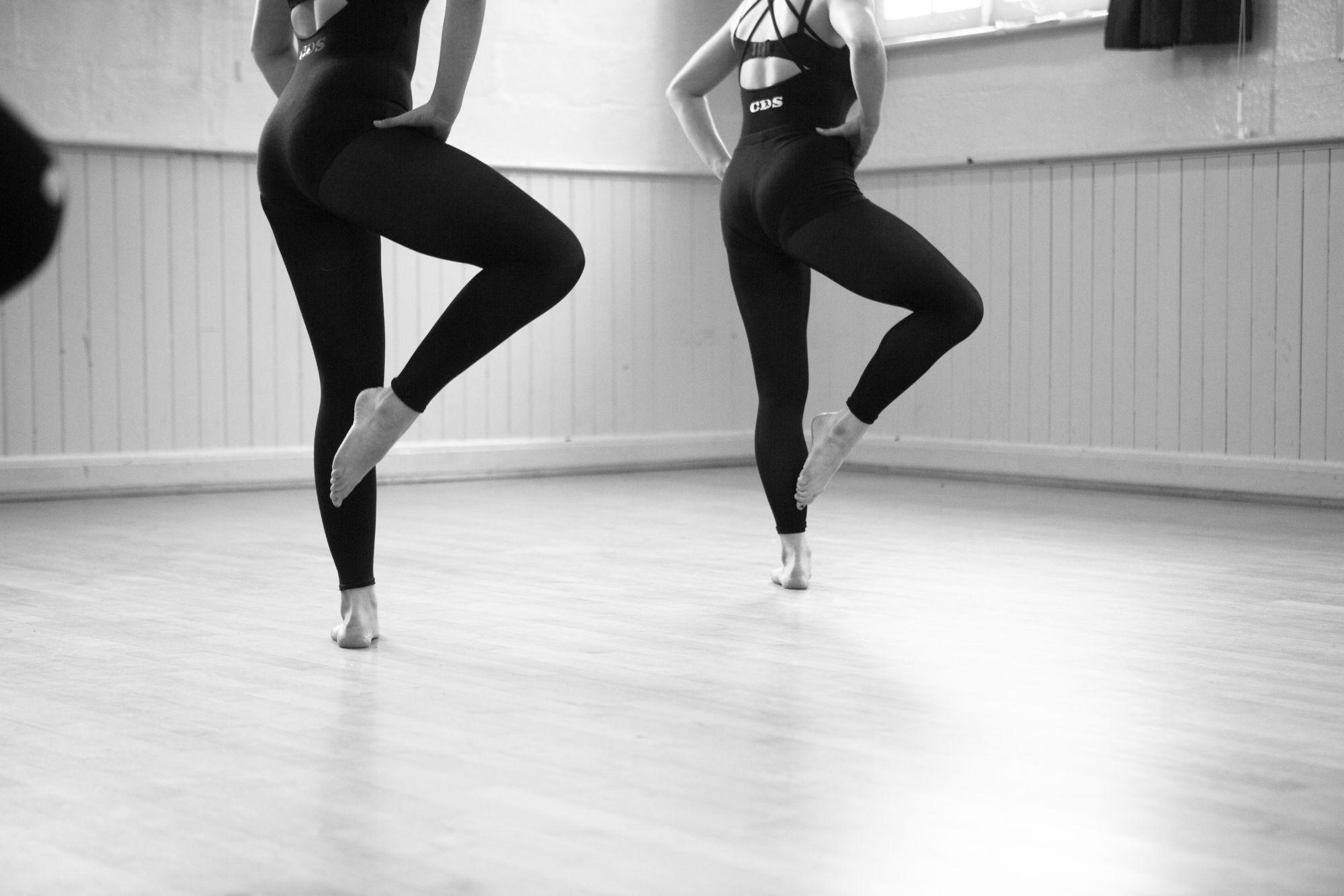 Adult Ballet Class, Adult Contemporary Class, Adult Commercial Dance Class, Adult Dance Class Truro, Adult Dance Classes Cornwall, Truro Adult Dance lesson, Dance classes for adults cornwall