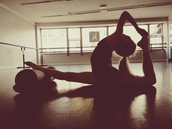Wednesday IDTA Grade 4 Ballet Class 6-6.45pm (Approx 13yrs+)