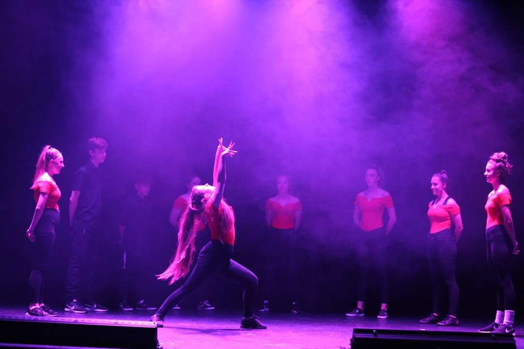 Wednesday Advanced Commercial Class 6.15-7PM - (Ages 14-17yrs)