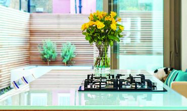DecoGlaze Opticlear Glass Worktop