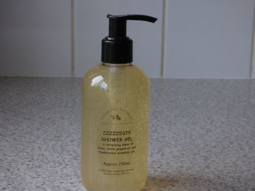 Zzzzesty Honey Shower Gel