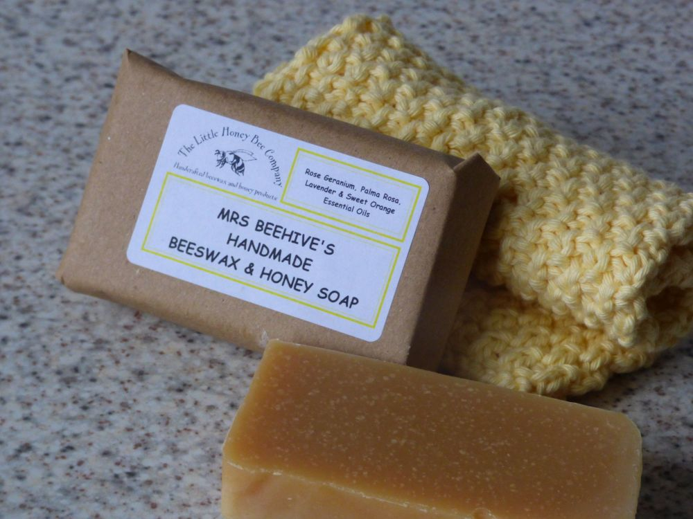 Mrs Beehive's Honey & Beeswax Soap