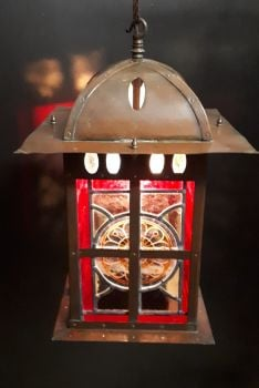ARTS & CRAFTS LANTERN