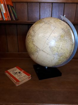 Globe by Philips