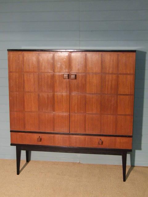 teak cabinet1