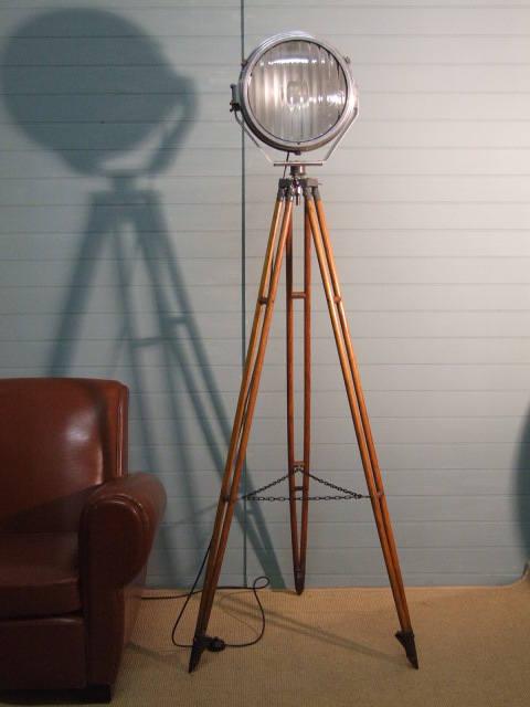 runway lamp main