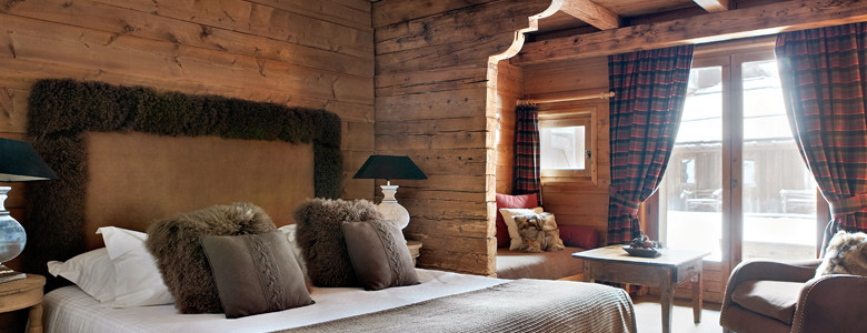 Christmas 15-Deco: Chalet Bedroom 6157_992_Coin-Salon-Home
