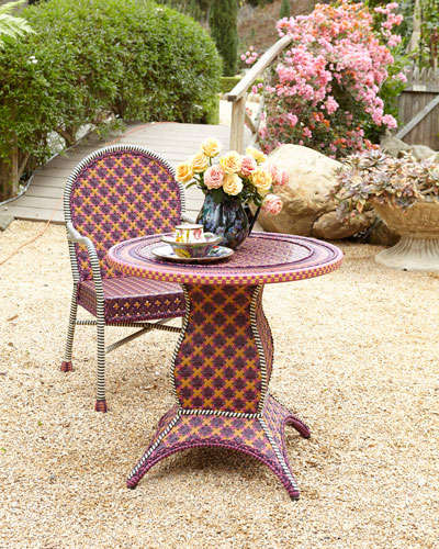 Summer 15: Blue/red quirky outdoor table and chair NMH77CE_mk