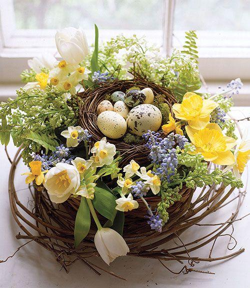 S16: 15 Elegant-Easter-Egg-Decorations
