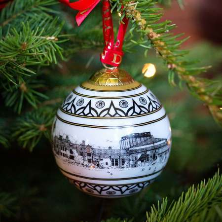 Christmas 2016: New Bauble christmas-glyndebourne-bauble-low__36787.14743