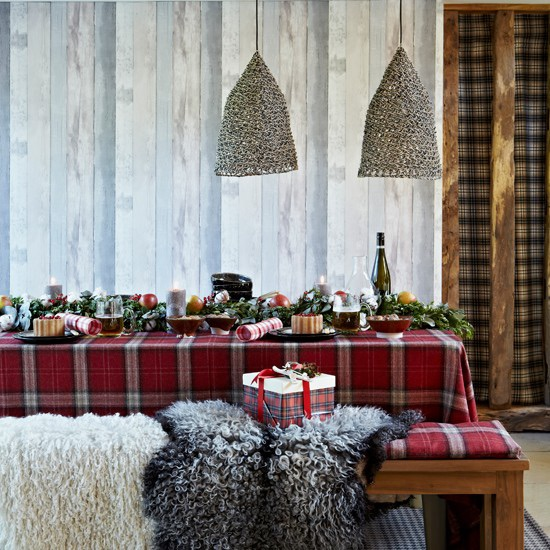 Christmas 17: 88 weihnachten-tischdeko-skandinavisch-karierte-tischdecke
