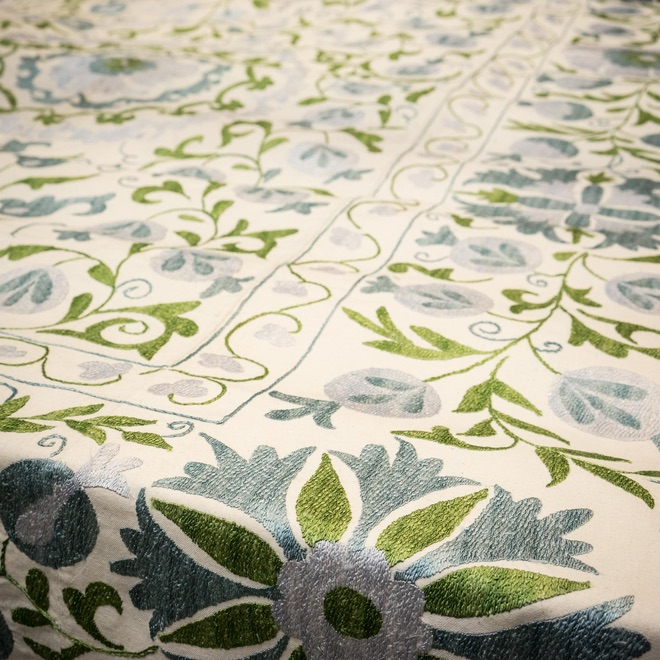 Spring 18: 5 Suzani_Silk_Bedspread_Bright_Blue_and_Green_Floral_DSC08104
