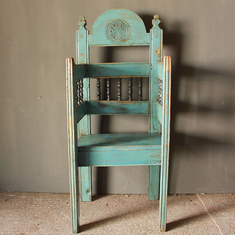 Spring 18: 24 rare-pine-bishops-or-priests-chair-in-original-paint-33-1