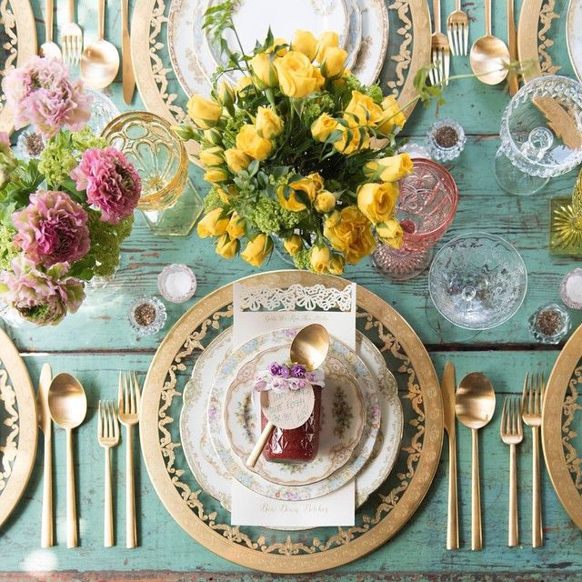 Spring 18: 87 912de40067c6d9dd682e59e92d401db1--gold-table-settings-pl