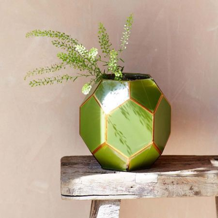 Easter 19: 35 kbq5339-green-geometric-vase