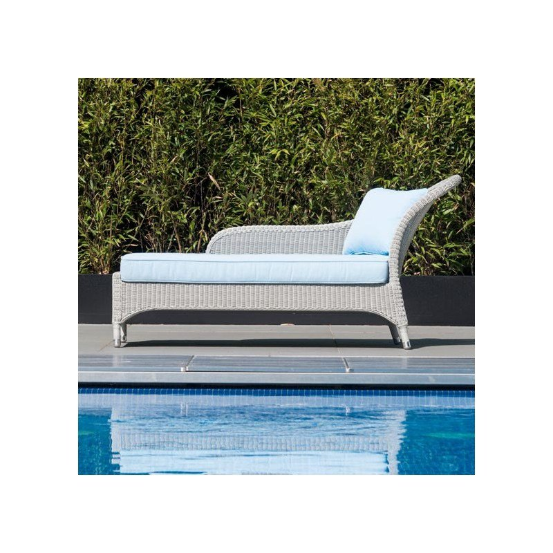 Summer 19: 21 alexander-rose-classic-chaise-lounge-with-classic-blue-cus