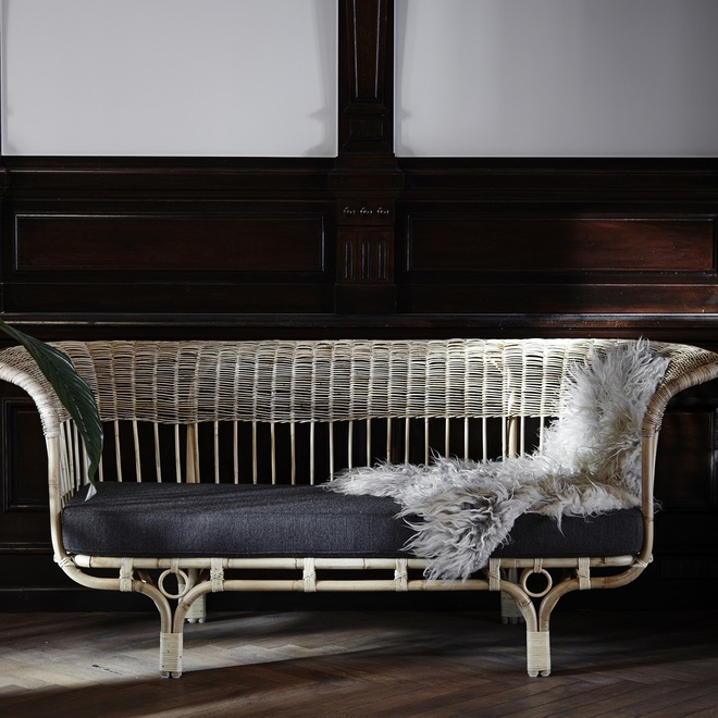 Summer 19: 75 Franco_Albini_BellaDonna_Sofa_dark_grey_FA_95_SU_
